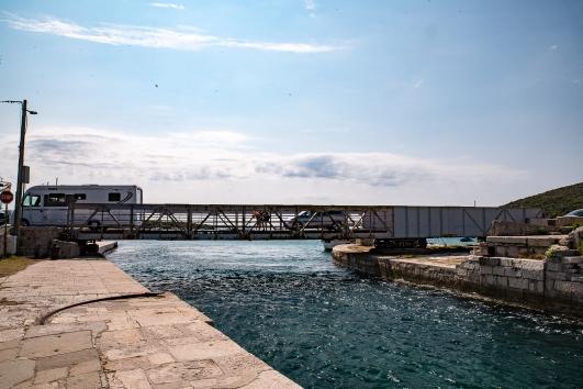Drehbrücke in Osor