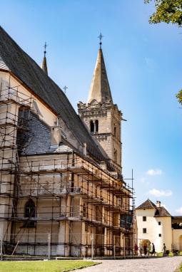 Eingerüstete Kathedrale